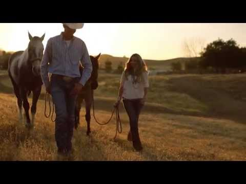 How To Fit Cowboy Boots - Ariat Presents