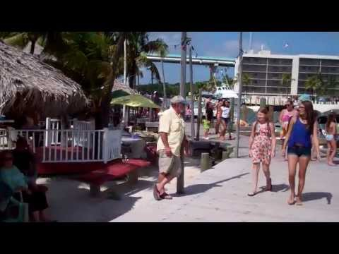Florida Keys Houseboat Rentals-Featuring Sunrise