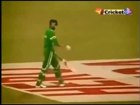 Sachin Tendulkar Magical Last Over - IND...
