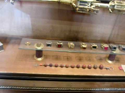 The Pope's rings!