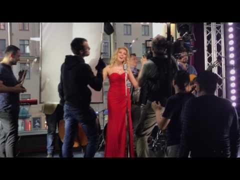 Съёмки клипа Вероники Андреевой на песню  «Хочется влюбиться» в караоке-клуб «Шансон»