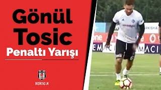 Gökhan Gönül ile Dusko Tosic'in penaltı atma yarışı