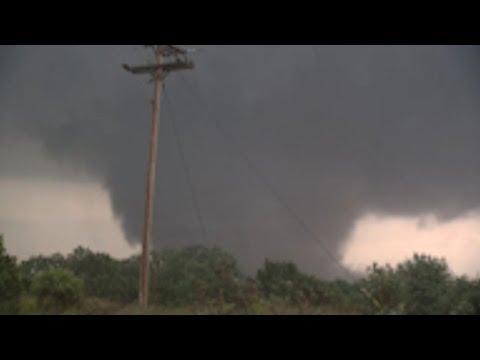 Carney, Oklahoma Tornado 5-19-2013 by Val and Amy Castor