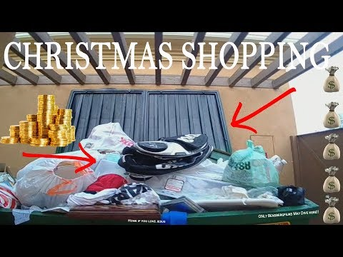 CHRISTMAS COMES EARLY IN RICH PEOPLES TRASH - 12 DAYS OF DUMPSTER DIVING CHRISTMAS