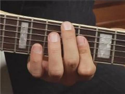 Play Eb7 Chord On The Guitar 3rd Inversion Guitar Chord