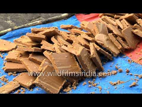 Sugarcane juice turns to jaggery or gurh in Uttar Pradesh ganna field