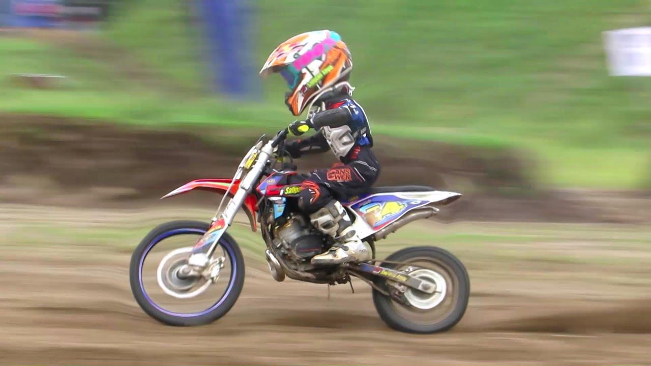 Cuplikan Anak Kecil Balap Motor Cross Pembalap Cilik Berbakat