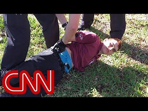 Florida school shooting suspect sent texts morning of shooting