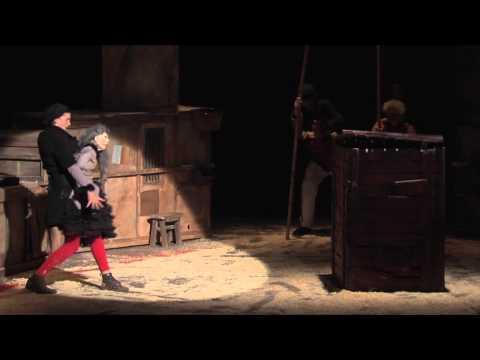 """Théâtre La Licorne: """"Les Encombrants Font Leur Cirque"""""""