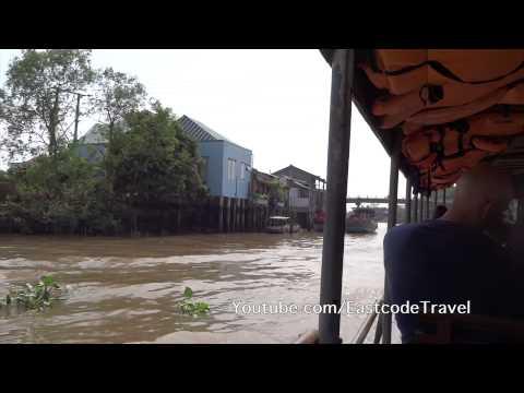 Vinh Long boat trip  Mekong delta canal    Vietnam