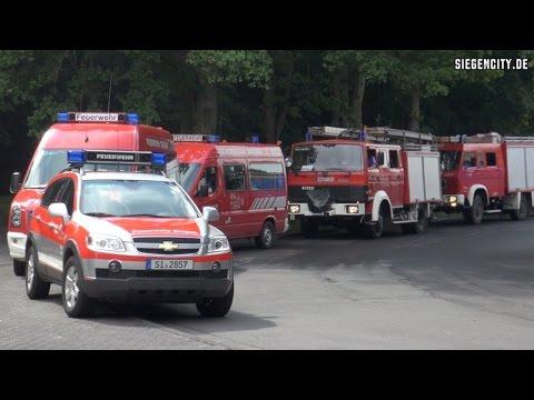 Feuerwehr - Kolonne auf Einsatzfahrt - Siegen - 29.07.2014