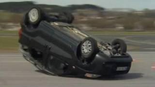 Auto zonder ESC vliegt over de kop! (Consumentenbond)