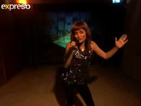 Pixie Bennett performs  save yourself   8 5 2013