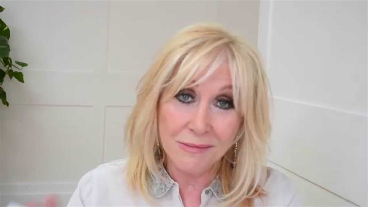 Carol Harrison nudes (35 foto and video), Tits, Sideboobs, Twitter, cleavage 2020