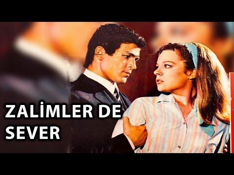 Zalimler De Sever (1967) - Hülya Koçyiğit & İzzet Günay & Salih Güney