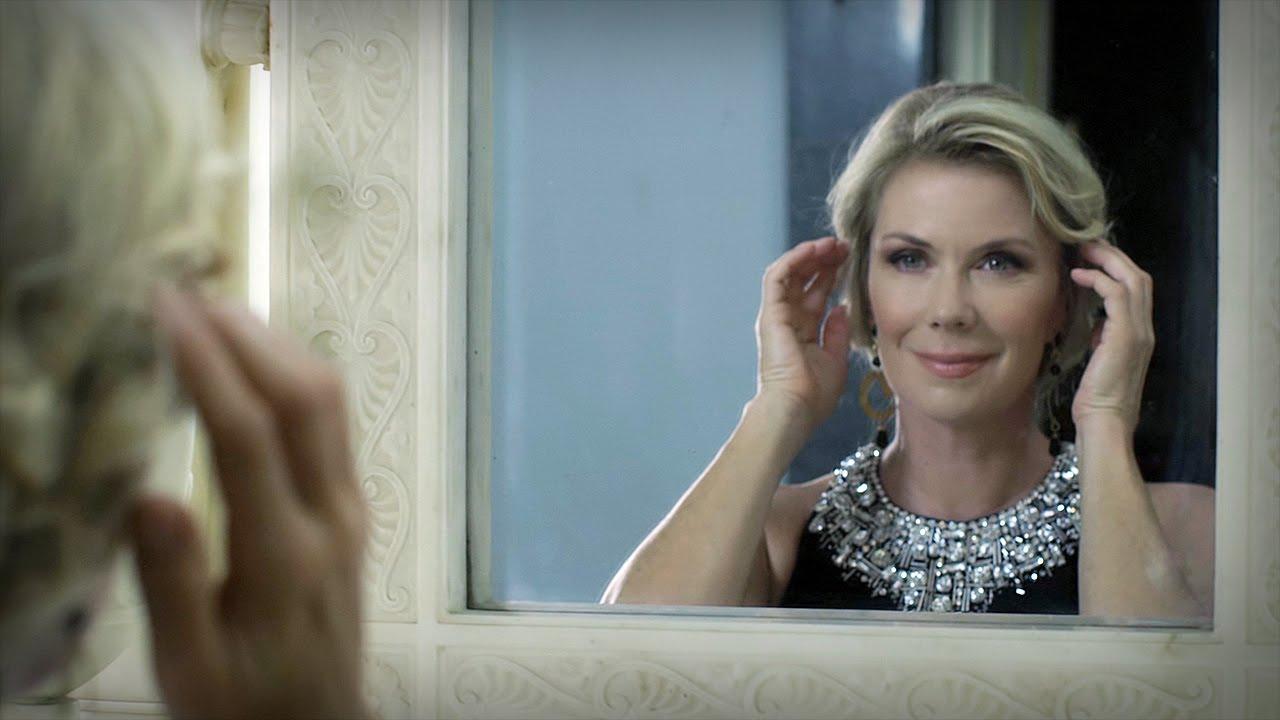 Spot 2015 Impero Couture (120 sec) - YouTube bb8c8219da8a