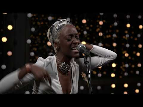 Revel In Dimes - Treat Me Nice (Live on KEXP)