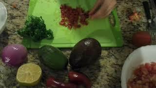 Готовим Мексиканский соус из авокадо   Гуакамоле (Часть 1 - готовка)
