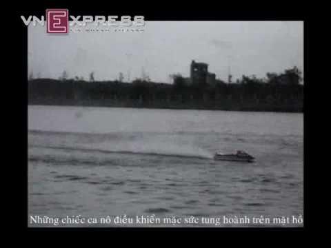 Clip đua ca nô ở hồ tử thần   321Dzô Com   Clip 321Dzo Com   Video clip hài   Vui nhộn   Hóm hỉnh   Cười vui   Đặc sắc   Clip hài hước
