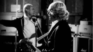 Смотреть клип Status Quo - Let´s Rock