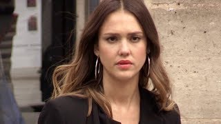 EXCLUSIVE : Jessica Alba doing shopping in Paris