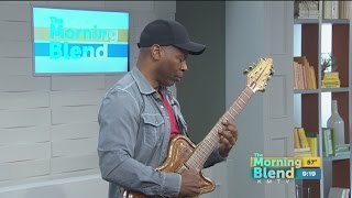 Kevin Eubanks Performs Live