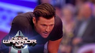 Mark Wright takes on the Ninja Warrior UK Course for Text Santa