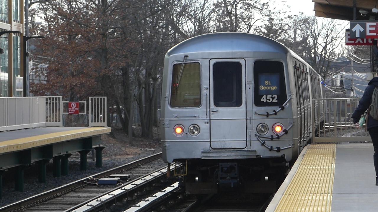 Staten Island Arthur Kill Train Station