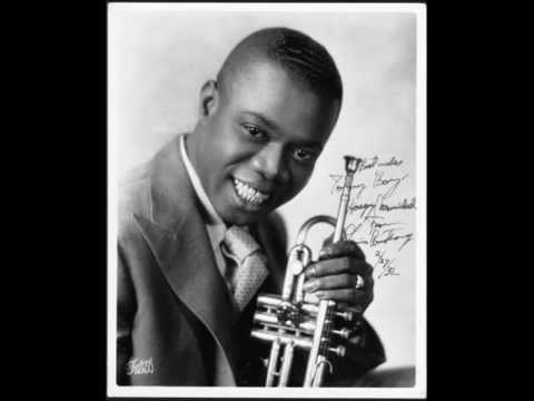Louis Armstrong - Swing That Music
