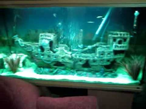 Shipwreck fishtank youtube for Fish tank pirate ship