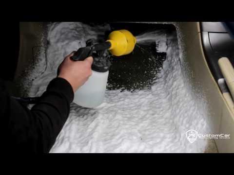 видео: Правильная Химчистка светлого салона автомобиля своими руками. Чистка пола !