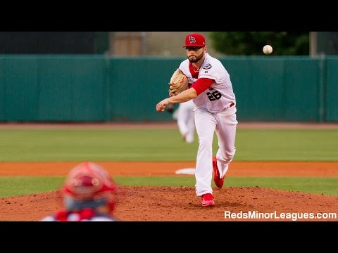 Cincinnati Reds Cody Reed pitching for the Louisville Bats