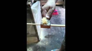 Como fazer palito redondo para gaiolas e flechas. Trefiladeira , apontador, madeira redonda