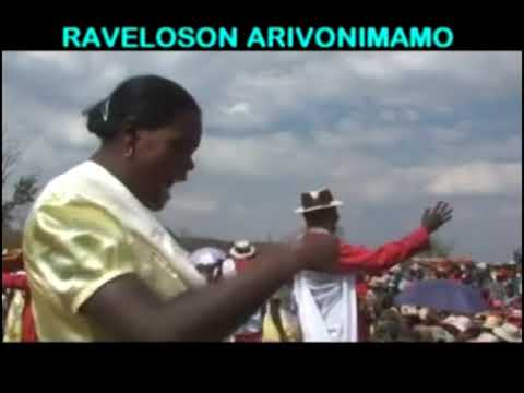 RAVELOSON ARIVONIMAMO /// FILM HIRAGASY