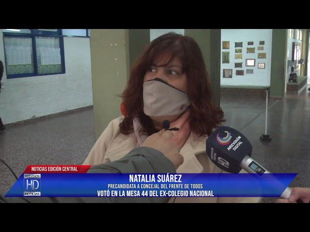 Natalia Suárez Votó en la mesa 44 del ex Colegio Nacional