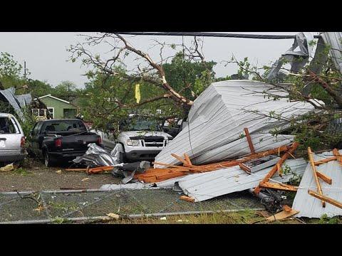Tornado causes widespread damage in Franklin, Texas