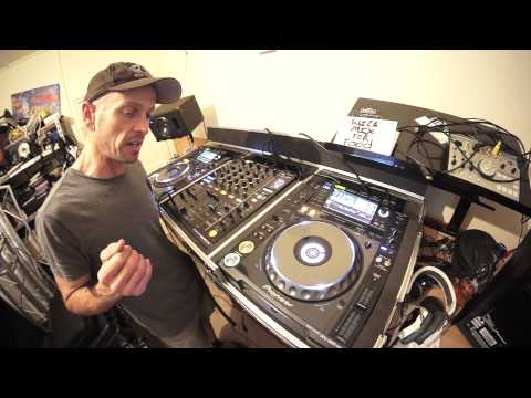 DJ LESSON ON  MIXING DEEP HOUSE BY ELLASKINS THE DJ TUTOR