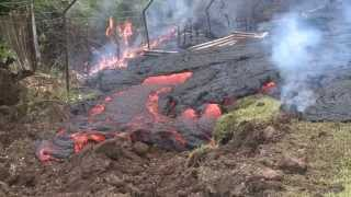 Puna lava flow reaches Pahoa village on Hawaii