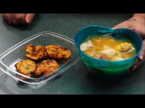 El Mensajero reporter demonstrates sancocho recipe