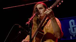 Laura Gibson - Slow Joke Grin (Live on eTown)