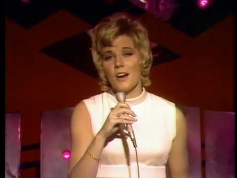 Anne Murray - The Glen Campbell Goodtime Hour: Christmas Special ...