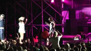 Download Tumsa un Mārtiņš Freimanis ar smukām meitenēm - Zvaigžņu kabare @ BBP Liepāja 2010 MP3 song and Music Video