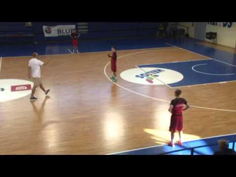 Žan Tabak   One pass away defense
