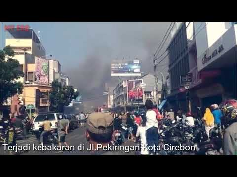 Kebakaran toko mainan di Jl.Pekiringan Kota Cirebon 10 september 2017