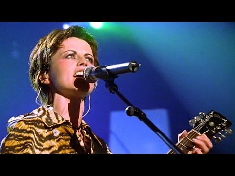 "The Cranberries - Promises 1999 ""Paris"" Live Video"