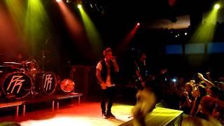 Papa Roach - Tightrope (live @ Praha - LMB 19-8-14)