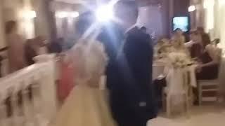 Танец папы и дочери , на свадьбе.