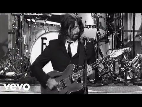 Foo Fighters - Bridge Burning (Live on Letterman)