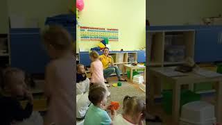 Английский язык Ахтырка деткам от 3 лет. Открытые уроки I can sing(4)