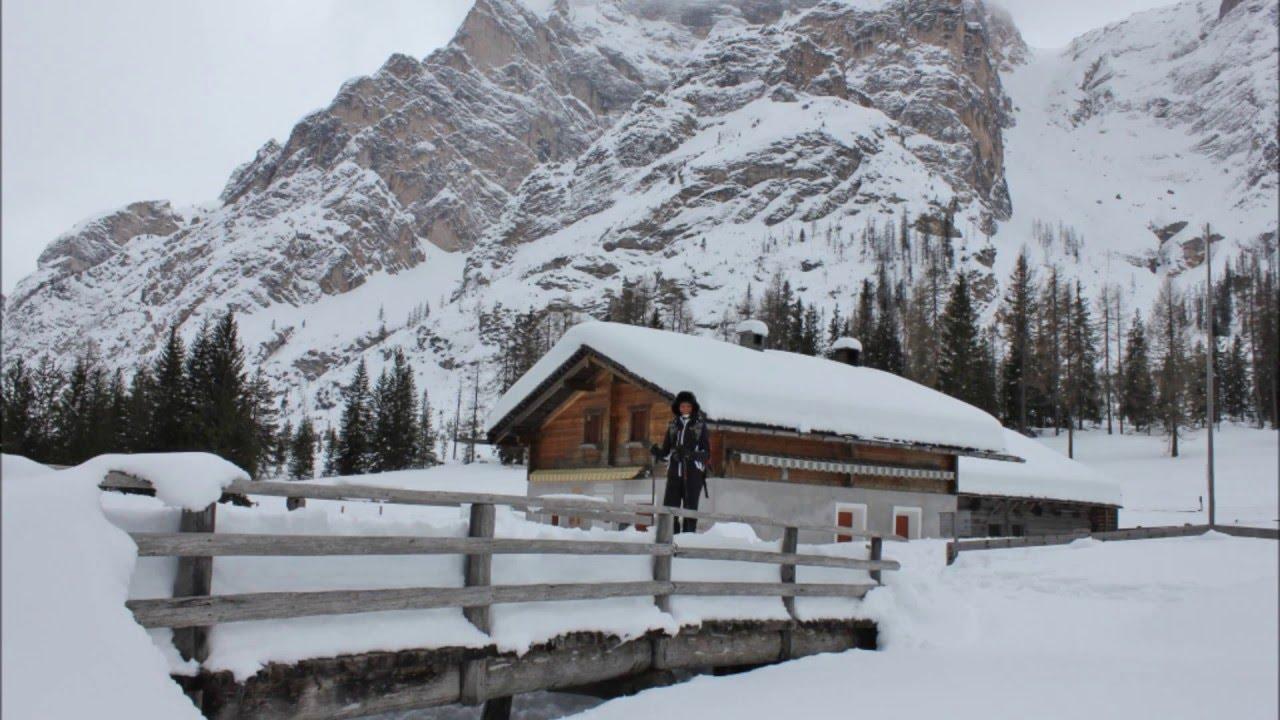 Dal lago di braies a malga foresta in inverno